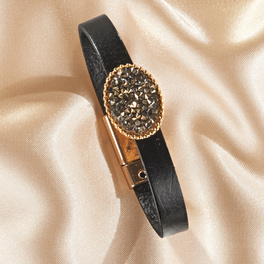 Bracelet en cuir avec pierre fantaisie