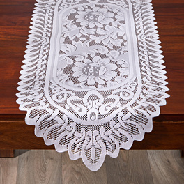 Chemin de table en dentelle