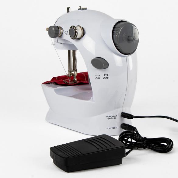 Mini-machine à coudre