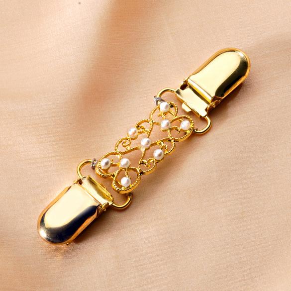 Clip-bijou, coloris doré + perles blanches