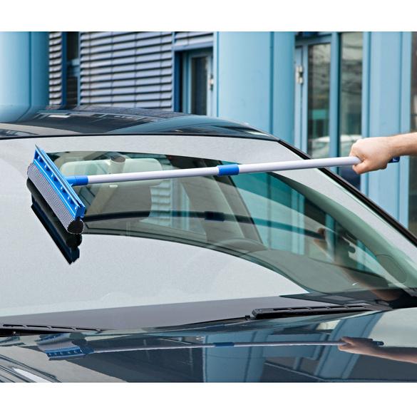 Nettoyeur télescopique pour vitres de voiture