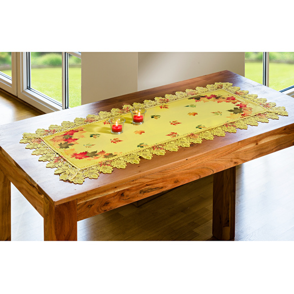 Chemin de table, bordure en macramé