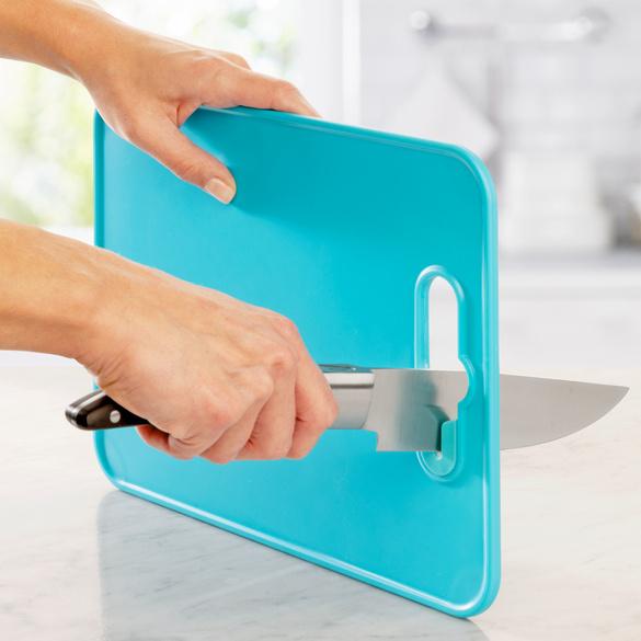Planche à découper et affûteur de couteaux