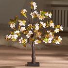 Arbre fleuri à LED