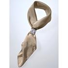 Broche attache-foulard, coloris argent