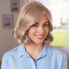 Perruque blond cendré foncé