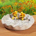 Abreuvoir pour insectes avec abeilles